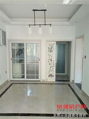 颜港七区一楼74平方,院子30平方,全新精装修,155万