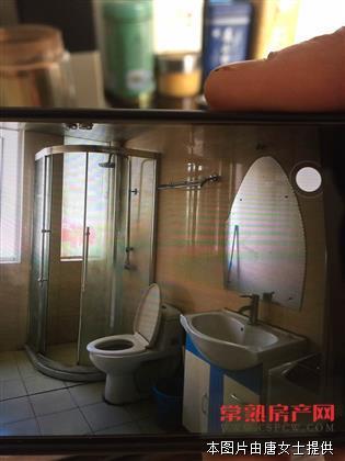 新公园旁三室一厅二卫精装2800元/月房源相册