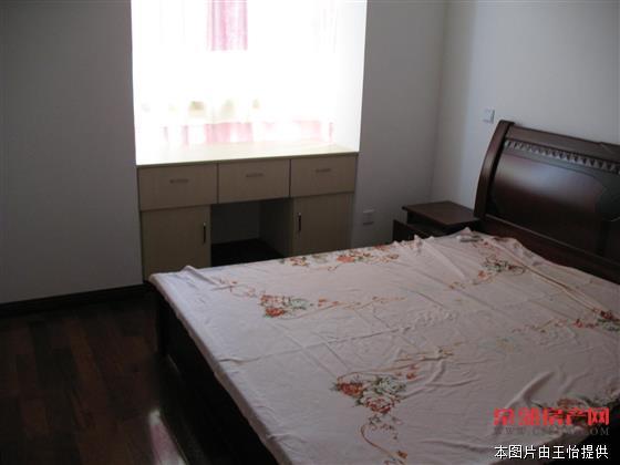 颜港六区 底楼 78平米 3室1厅 有大院子 159.8万 急卖房源相册