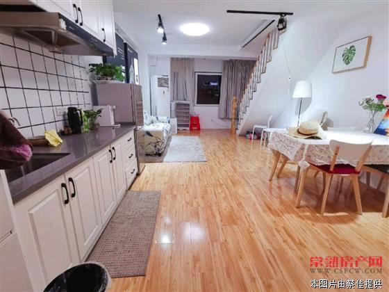L万达广场,2室1厅1卫,豪华装修。房源相册