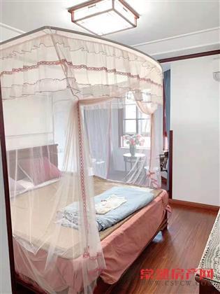 信一景天花园115平,3室2厅2卫,精装修,有车位,240万