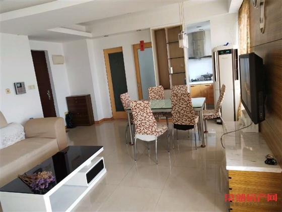 华府世家,70平米,精装,单身公寓,满2年,能上学,175万房源相册