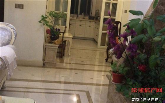 w尚湖中央花园139平3室2厅2卫精装修满两年有名额 260万 房源相册