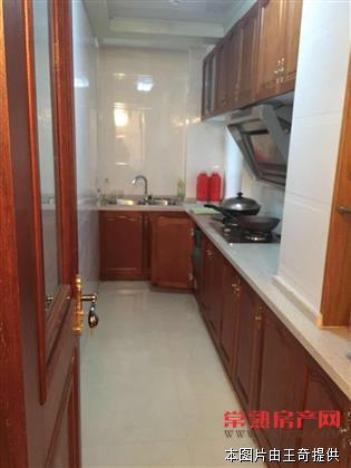 爱乐公寓 精装两房 70平仅售52万 赠送品牌家电房源相册