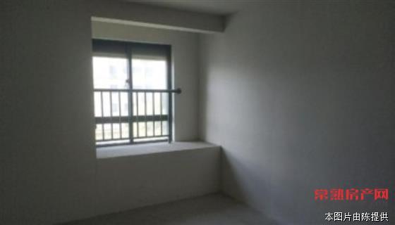 c龙蟠佳苑,108平,毛坯,3室1卫,185万,中下层