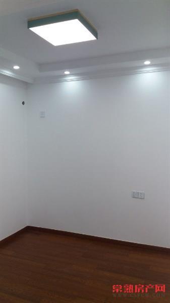 虞枫家园,3室2厅1卫,89平,3楼,全新精装,三开间朝南,满2年,168万
