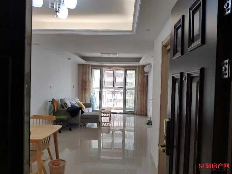 文化片区中南锦苑3室精装3000一月