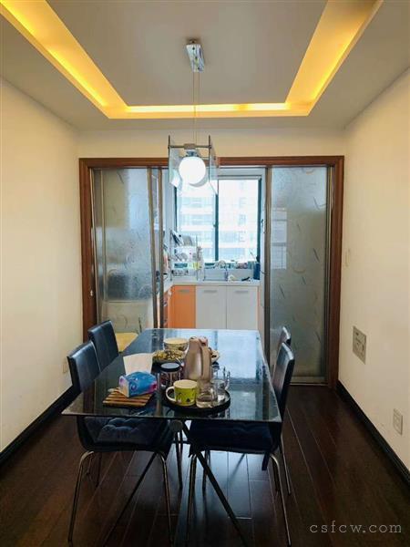 润欣花园141平方3房2厅2卫精装238万出售3室2厅2卫