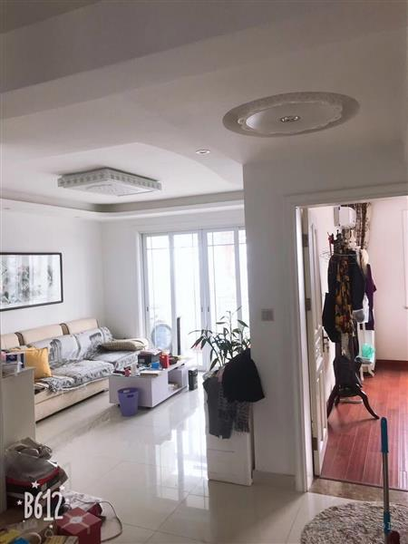 聆湖苑97平阁楼70平精装阁楼层高2.2米实用面积160平精装