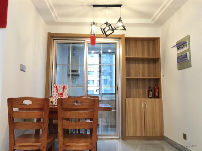 怡馨佳苑120平3室2厅2卫精装2300