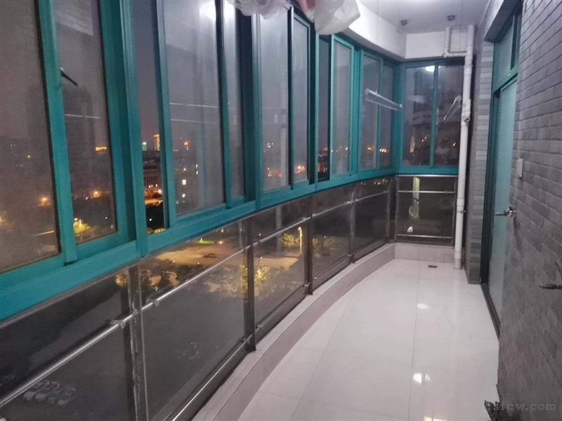 润欣花园二室一厅一卫双阳台精装修设备齐全拎包入住2500月