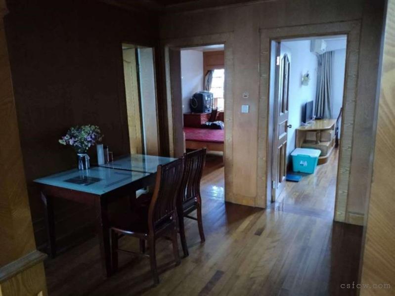 海枫公寓,简装,2室1卫,1700元/月