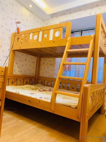 衡泰国际花园126平3室2厅2卫精装3000一月