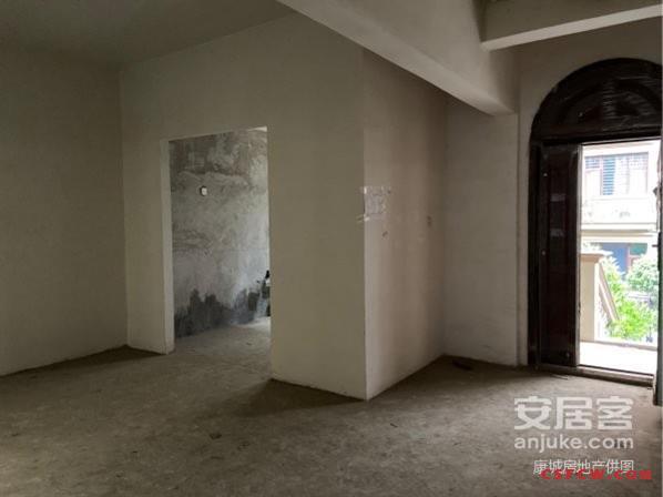[出售]信一景天联体别墅,产证360平米,698万