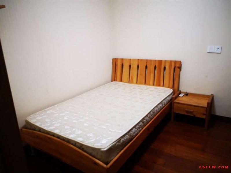 世茂三期140平方3房2厅2卫装修清爽设施齐全有图片租金2800月