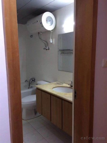 红枫苑60平1室1厅1卫有天然气1800一月