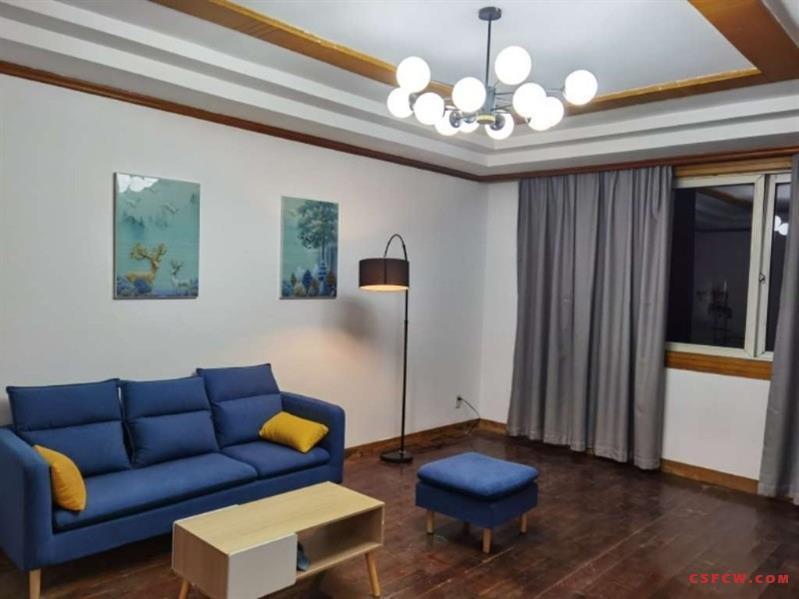 c琴枫苑雪梅居2楼,带车位,精装后首次出租黄金楼层,二楼,2600月租