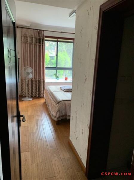 c常熟老街龙门村113平,2楼,精装,3房2卫,190万,带车位,可上学,满2