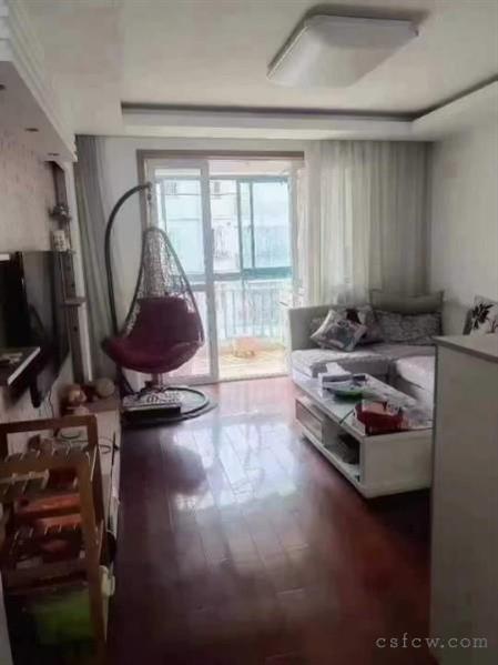 房东急售,琴枫苑,115平,3室2厅2卫,装修好,急卖价218万