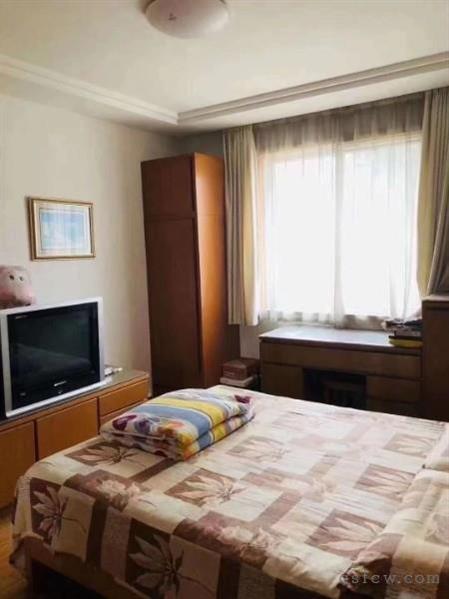常福三区好房子,3室最好户型,80平,清爽装修,急售价140万