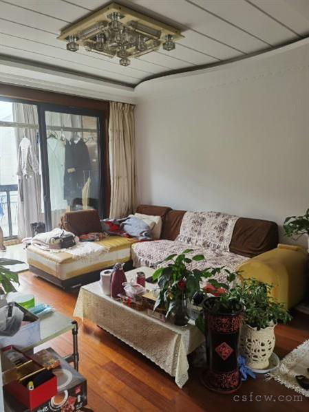 1.5万单价,常熟老街,78平,精装2室南北通透,125万