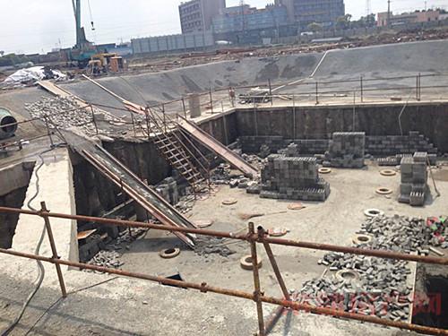 滨江新城宝鸿商业广场 四号楼工程进度一览