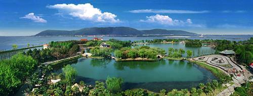 世界湖山的极致想象-卓越湖语尚院营销中心惊艳开放