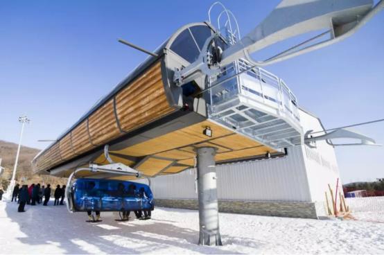 心驰冰雪境逐梦莲花山长春世茂莲花山滑雪场盛大开业