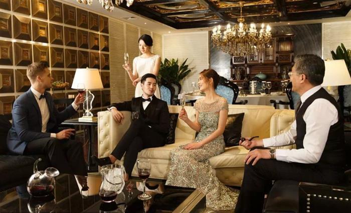 以高奢人居生活重新定义豪宅